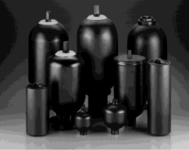 Como realizar aferição e recarga de acumuladores hidráulicos